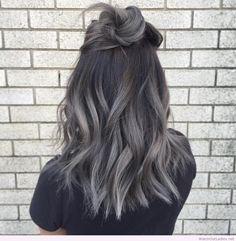 Metalized grey pastel hair in medium bob