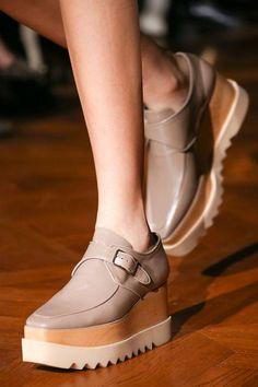 #unpasomas #black #streetstyle #inspiration #shoes