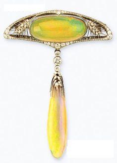 Art Nouveau - 1910 opal and diamond brooch