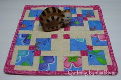 Disappearing 9 patch Tutorial .. 12x12 mat for a small table