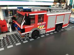 Transporter Van, Lego Vehicles, Lego Moc, Trucks, Dioramas, Fire Department, Truck