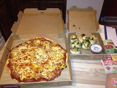 @Steve Browne: Treating @JohnFriends4 from North Dakota to a Cincinnati tradition !! #LaRosa's pizza and Rondos !!