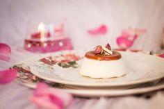Semifreddo al cioccolato bianco e gelatina di rosa canina - Parfait with white chocolate and jelly rosehip #ricetta#cibo#semifreddo#cioccolatobianco#gelatina#rosacanina#recipe #food#parfait#whitechocolate#jelly#rosehip