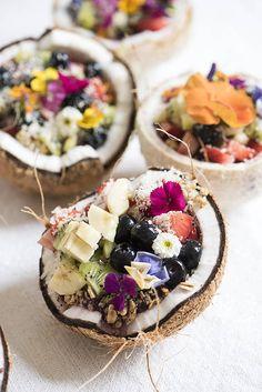 amazebowls | gorgeous coconut acai bowls
