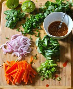 thai-shrimp-salad-recipe-prep