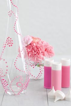A Beautiful Bridal Shower | DIY dotted vase
