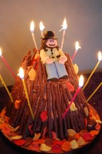 I have been known to make a very similar cake to this delightful Bonfire cake for my brother's birthday on November 5th. Like to overload mine with 'sticks' though. Cute isn't it. Image courtesy of icedgems.com