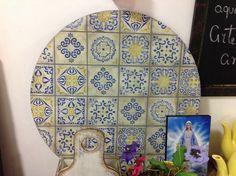 Imitação de azulejo português . Feito no Armazém Divina Arte Atelier! Aceitamos encomenda!