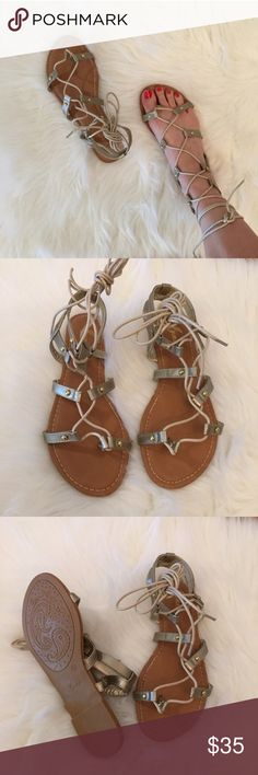 Bronze Gold Lace Up Gladiator Sandals 8.5 Size 8.5! Bronze Gold Lace Up Gladiator Sandals. Brand new. Come in box. True to size. Super comfy. Padded footbed. Faux Leather. Available in size 6.5, 7, 7.5, 8, 8.5, 9, 10. Get your size while it's available. Sold out style. Will not be restocked. No offers will be considered unless made through the offer tab. NO TRADES. Bundle for 15% off 3+ items! Thank you! Boutique Shoes Sandals