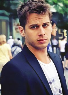 Mark Foster. even though he looks stoned half the time, he looks hot here lol.