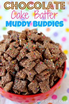 I'll have to make this for my chocolate-loving sister Chocolate Cake Batter Puppy Chow. I'll have to make this for my chocolate-loving sister Puppy Chow Crispix Recipe, Puppy Chow Snack, Puppy Chow Recipes, Puppy Chow Mix, Recipe Puppy, Snack Mix Recipes, Dessert Recipes, Snack Mixes, Chex Recipes
