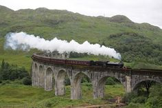 Scotland - The Hogwarts Express train in the Harry Potter books& was possibly one of the most magical aspects of the world built by J. The idea that an invisible platform could exist unbekno… Oh The Places You'll Go, Places To Visit, Hogwarts, Saga Harry Potter, Scenic Train Rides, Scotland Holidays, Train Route, Train Trip, Ben Nevis