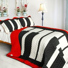 Music Piano Keyboard Red Black White Bedding Full/Queen Quilt Set Oversized Cotton Bedspread