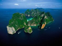 phi phi island vista aerea