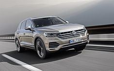 Download wallpapers Volkswagen Touareg, 2019, 4k, front view, luxury SUV, new beige Touareg, German cars, business class, V6 TDI, Atmosphere, Volkswagen