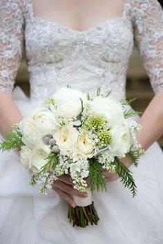 bridal bouquet; photo: Arden Photography