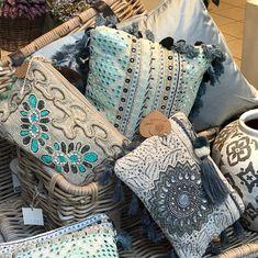 Chanel Boy Bag, Shoulder Bag, Throw Pillows, Blanket, Home, Toss Pillows, Cushions, Shoulder Bags, Decorative Pillows