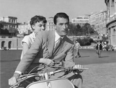 Cinema Vespa Piaggio Scooter Roman Holiday