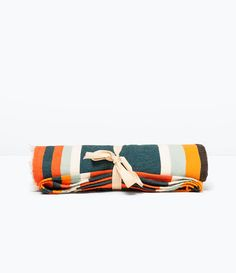 Image 1 of MULTICOLOR STRIPED TOWEL from Zara