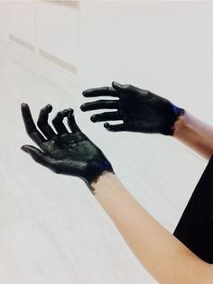 paint covered hands  >> Thaddeus hands again House On A Hill, The Mortal Instruments, Dracula, Writing Inspiration, Art Direction, Romania, Hands, Gloves, Body Art