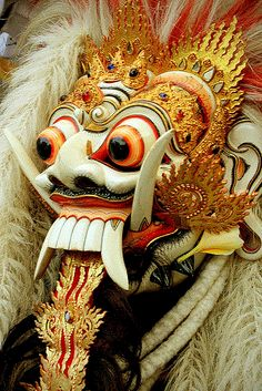 The mask shown here is from Bali, Indonesia, and depicts Rangda, demon queen of the leyaks. Barong Bali, Oriental, Indonesian Art, Arte Tribal, Masks Art, African Masks, Traditional Art, Asian Art, Fantasy Art