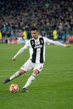 Cristiano Ronaldo Cr7, Neymar, Messi Vs Ronaldo, Cristiano Ronaldo Wallpapers, Ronaldo Football, Ronaldo Jersey, Juventus Players, Juventus Fc, Uefa Champions League