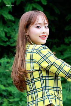 ➼ υηινєɾsє161010 *:・゚ Kpop Girl Groups, Korean Girl Groups, Kpop Girls, Teaser, Demon Baby, Chuu Loona, Kim Jung, Olivia Hye, Fandom