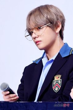 [17.09.18] BTS @LOVE YOURSELF 承 'Her' Press Conference V | 김태형