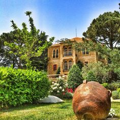 Amazing beautiful house in Sawfar, Lebanon بيت رائع وحلو بصوفر By Aby Hamed Classic Architecture, Islamic Architecture, Lebanon Culture, Lebanon History, Lebanon Cedar, House Viewing, Landscape Concept, Beirut Lebanon, Unusual Homes