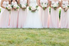 chateau des charmes, blush and ivory wedding bouquets
