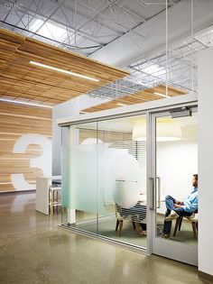 Love the Film design and lighting for collaboration rooms | Newell Rubbermaid Design Incubator by Eva Maddox | Projects | Interior Design