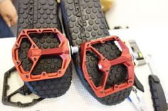 Top 9 Best Mountain Bike Shoes (for flat & clipless pedals) | Hix Magazine - Everything for Men