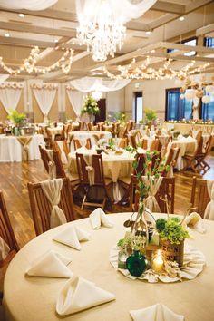 Decoration mariage ivoire et verte pour salle