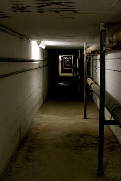 Yankton State Hospital. Tunnel to connect buildings