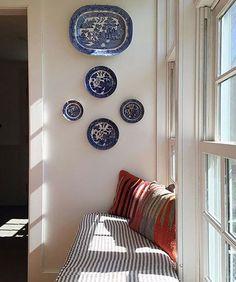 Elevating Plates: 13 Creative Plate Wall Displays – Design*Sponge