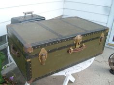 grandpa barrys army foot trunk