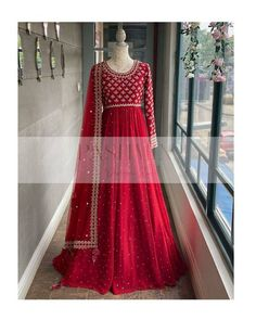 Indian Long Gowns, Indian Gowns Dresses, Indian Fashion Dresses, Dress Indian Style, Indian Designer Outfits, Pakistani Dresses, Pakistani Couture, Pakistani Bridal, Bridal Dresses