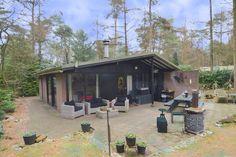 In Giethmen staat deze leuke vakantiebungalow. De perfecte plek voor een korte vakantie in Overijssel.
