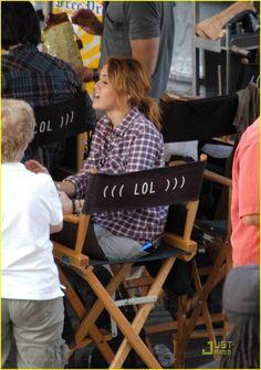 Miley Cyrus sur le tournage de LOL USA