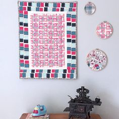 #PatBravoDesing #MiniQuilts #Quilts #Quilting #DareFabrics #EssentialsIIFabrics #DIY Fabric Weaving, Woven Fabric, Mini Quilts, Inspire, Create, Instagram Posts, How To Make, Diy, Inspiration