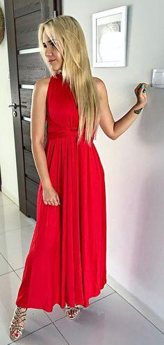 #spring #outfits #maxidress @fashionfanaticsstore 😍 Klasyczna Czerwień, świetny Krój, Który Dopasowuje Się Do Sylwetki, Możliwość Regulacji, Mega Jakość✔️✔️✔️ #reddress #red #maxi #blonde #polishgirl #legs #coctaildress #classic 💃🏼 Mam Nadzieje Ze Kiedyś Przekonam Się Do Tych Dłuższych 😋