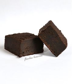 Get this tested recipe for rich chocolate flourless gluten free brownies. So easy, so delicious!