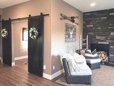 Awesome Farmhouse Living Room Idea (29)