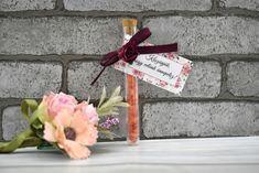 Rózsás fürdősó kémcsőbe - Tökéletes esküvői meghívók Gift Wrapping, Gifts, Gift Wrapping Paper, Presents, Wrapping Gifts, Favors, Gift Packaging, Gift