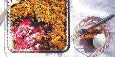 Mustikka-nektariinipaistos – kokeile maukasta reseptiä Kuva: Lilli Munck #reseptit #mustikka #nektariini #vegaaninen #terveellinen Beef, Food, Meat, Essen, Meals, Yemek, Eten, Steak