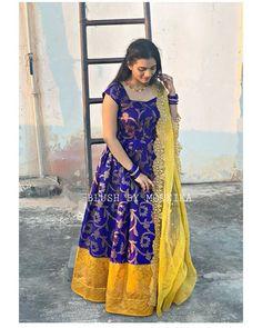 Pattu Saree Blouse Designs, Half Saree Designs, Fancy Blouse Designs, Dress Neck Designs, Bridal Blouse Designs, Salwar Neck Designs, Back Neck Designs, Kalamkari Dresses, Ikkat Dresses