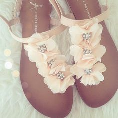 PRIMARK STRAPPY FLOWERS FLAT SUMMER SANDALS GLADIATOR HOLIDAY SHOES 2014. I am so in love with these shoes, but can't find them anywhere. :(