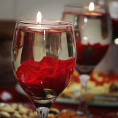 Quinceanera Decorations, Wedding Reception Decorations, Flower Centerpieces, Wedding Centerpieces, Wedding Black, Dream Wedding, Water Candle, Flower Petals, Flowers