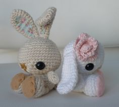 Spring Bunnies with fabric lining and felt detailing :)  Make them floppy-eared or with ears sticking straight up!