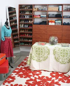 Reachel Bagley's custom closet by EasyClosets. Organized, functional, and oh so pretty.